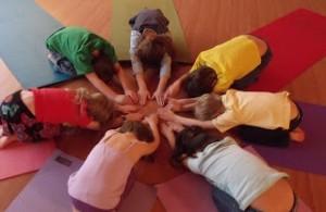 Saú. Bem E._yoga com histórias_Andreia Lopes_Site